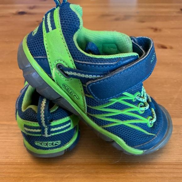 Size 10T Keen Sneakers